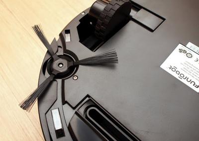 Funrobot iCleaner M800 parte inferior