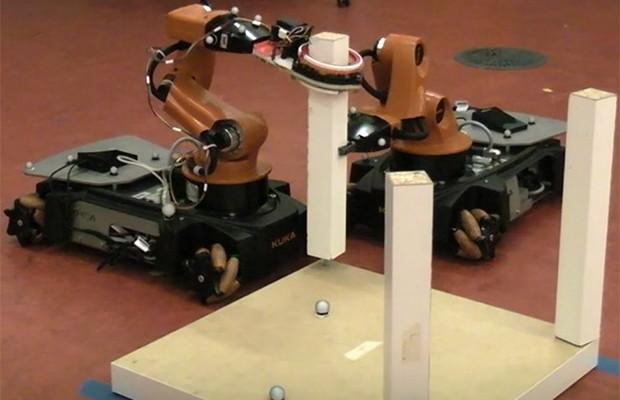 Robots que montan muebles de IKEA