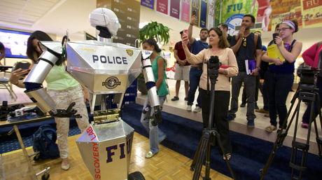 Telebot, el nuevo RoboCop