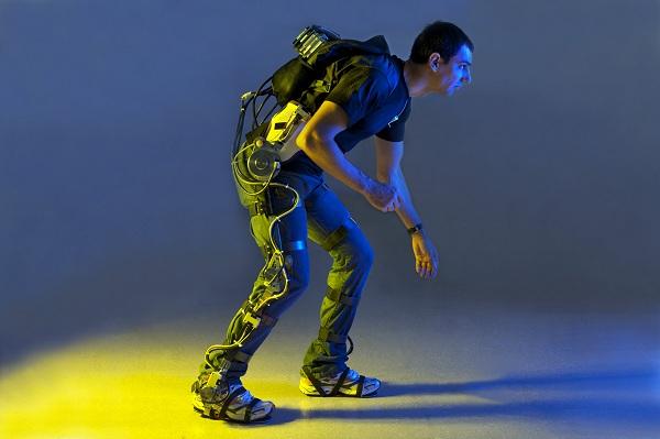 Un exoesqueleto puede restaurar la función motora de los parapléjicos