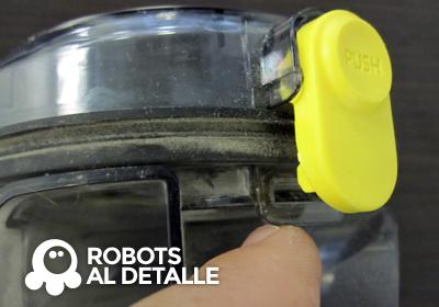 Buscamos segunda  pestaña compartimento deposito Samsung Powerbot