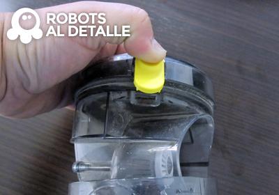 Extraemos  compartimento filtro Samsung Powerbot