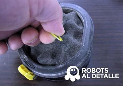 extraemos filtro tirando anilla Samsung Powerbot