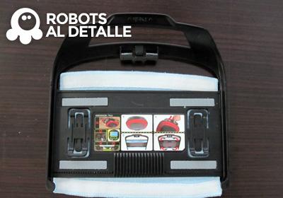 Colocar mopa en soporte robot LG Hombot Square VR64701LVMP