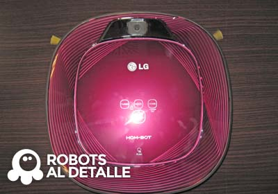Cómo colocar la mopa al robot LG Hombot Square VR64701LVMP