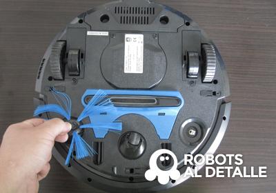 Robot aspirador Philips SmartPro quitar cepillos laterales