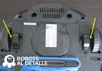 Robot aspirador Philips SmartPro ranuras insercion soporte