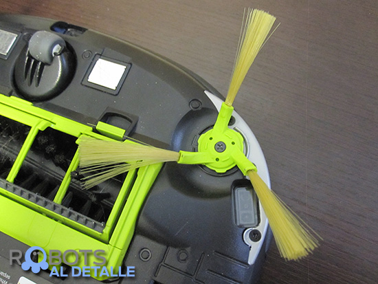 LG Hombot Square VR64604LV cepillo lateral