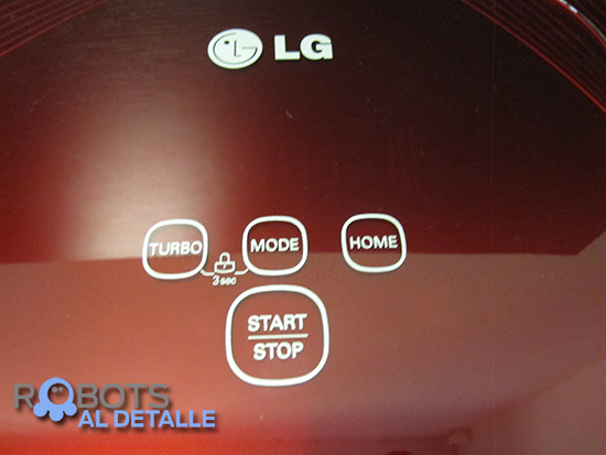 LG Hombot Square VR64702LVMB detalle panel