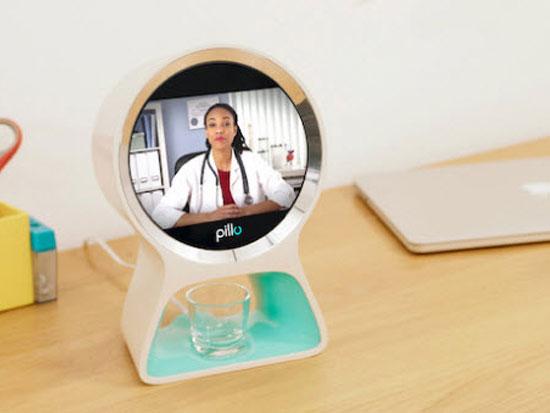 pillo robot conecta medico